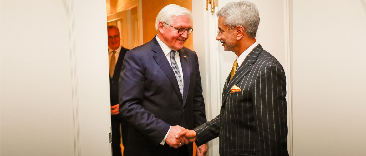 External Affairs Minister Dr. S. Jaishankar with Federal President Frank-Walter Steinmeier<br> during the Munich Security Conference, 14 February 2020.